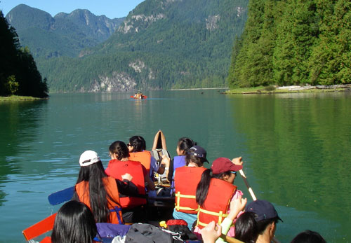 Camps Expeditions Pitt Lake paddling